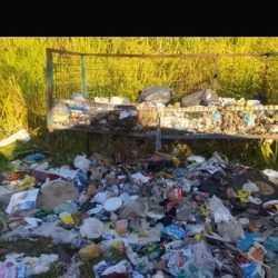 Moradores denunciam descarte de lixo irregular em Votuporanga